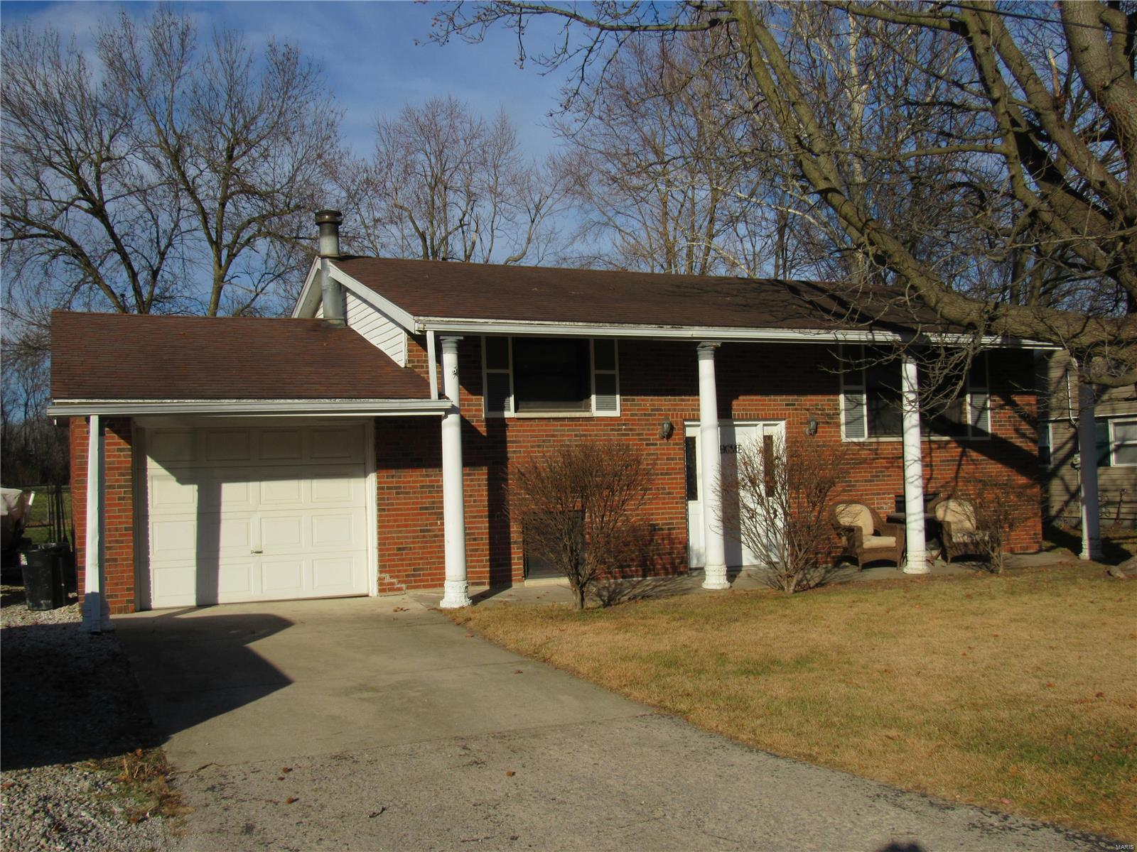 112 George St. Property Photo - Brighton, IL real estate listing