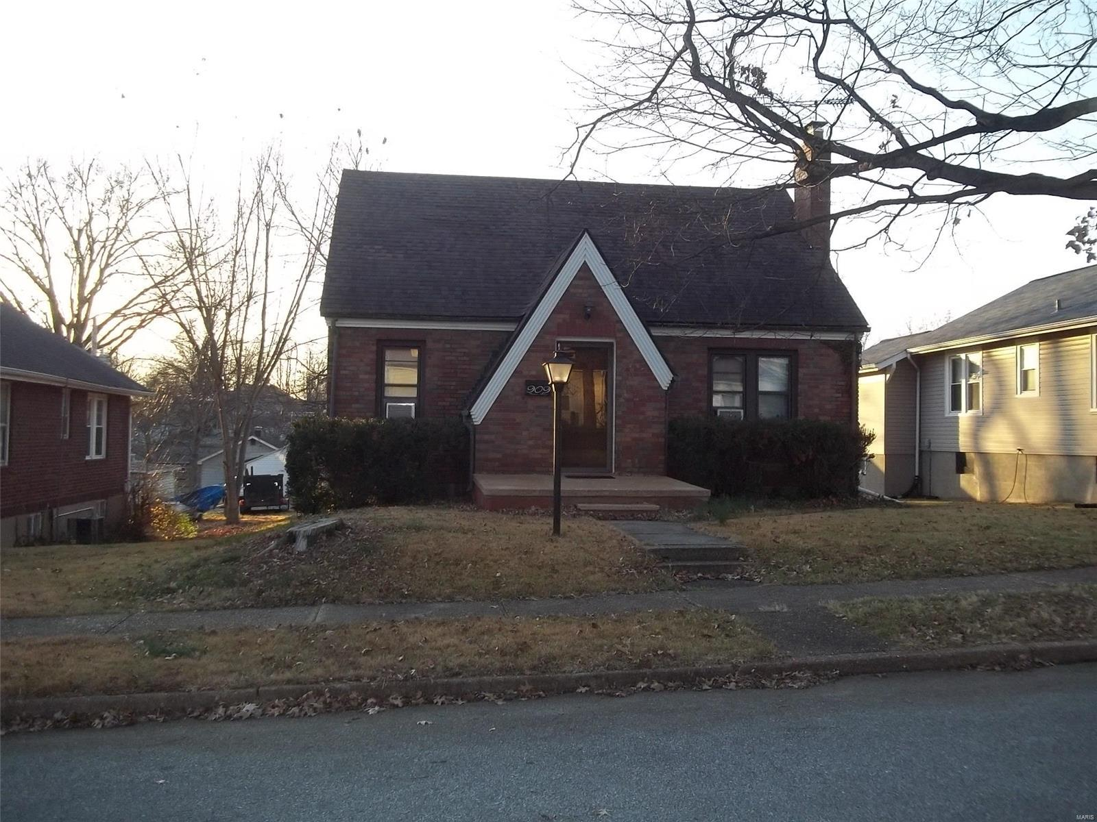909 Burgess Avenue Property Photo - Crystal City, MO real estate listing