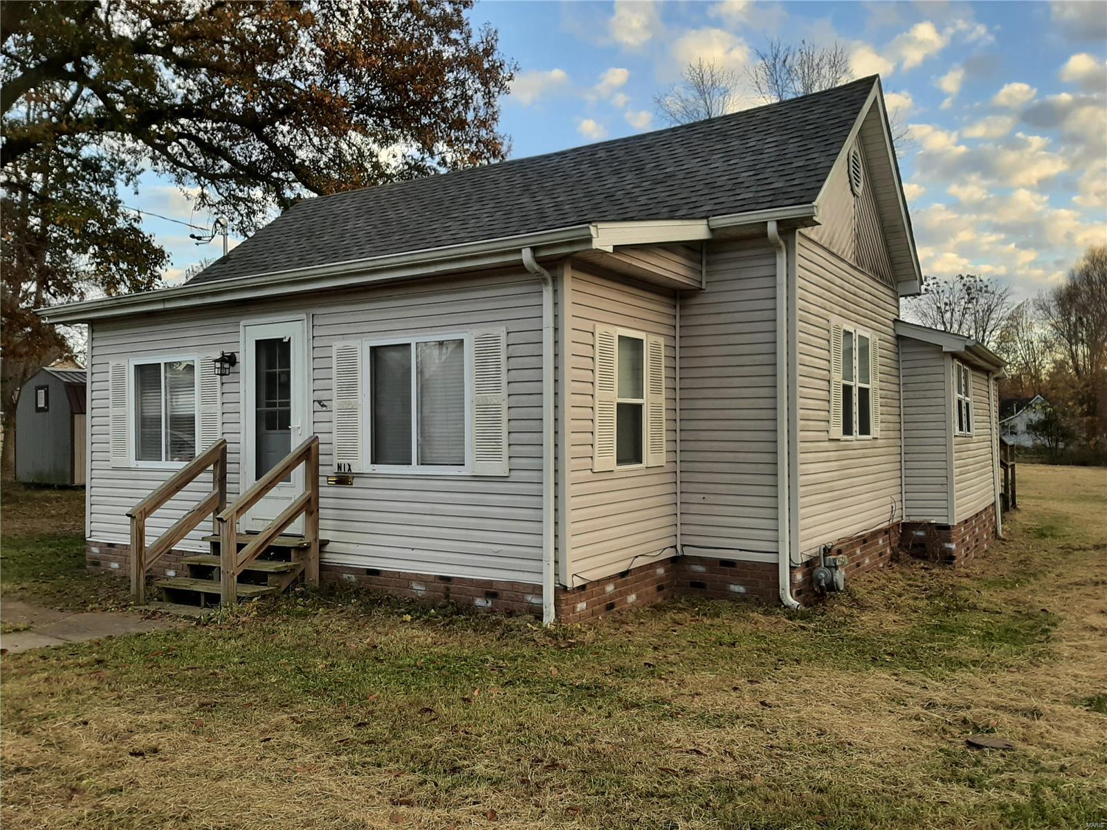 703 E 9th Property Photo - Johnston City, IL real estate listing