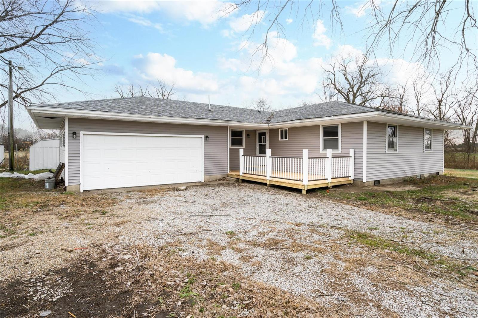 224 Rainmaker Trail Property Photo - Butler, IL real estate listing