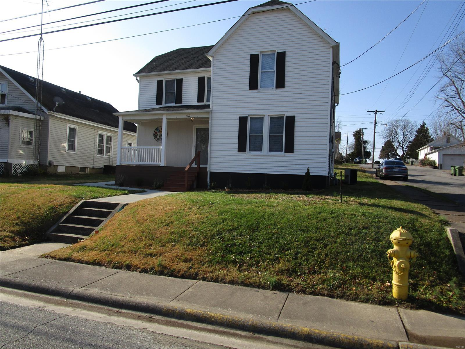 469 W W. German St. Property Photo - Chester, IL real estate listing