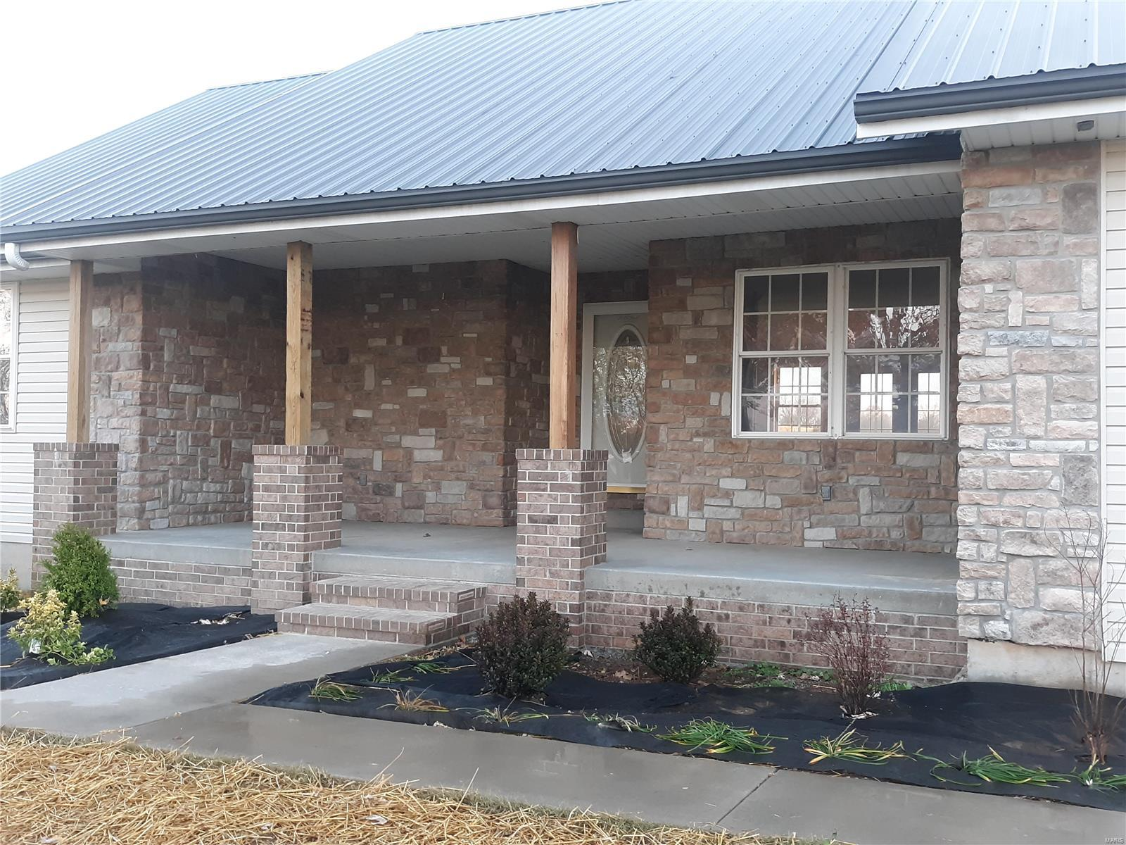 796 Griesener Road Property Photo - Billings, MO real estate listing
