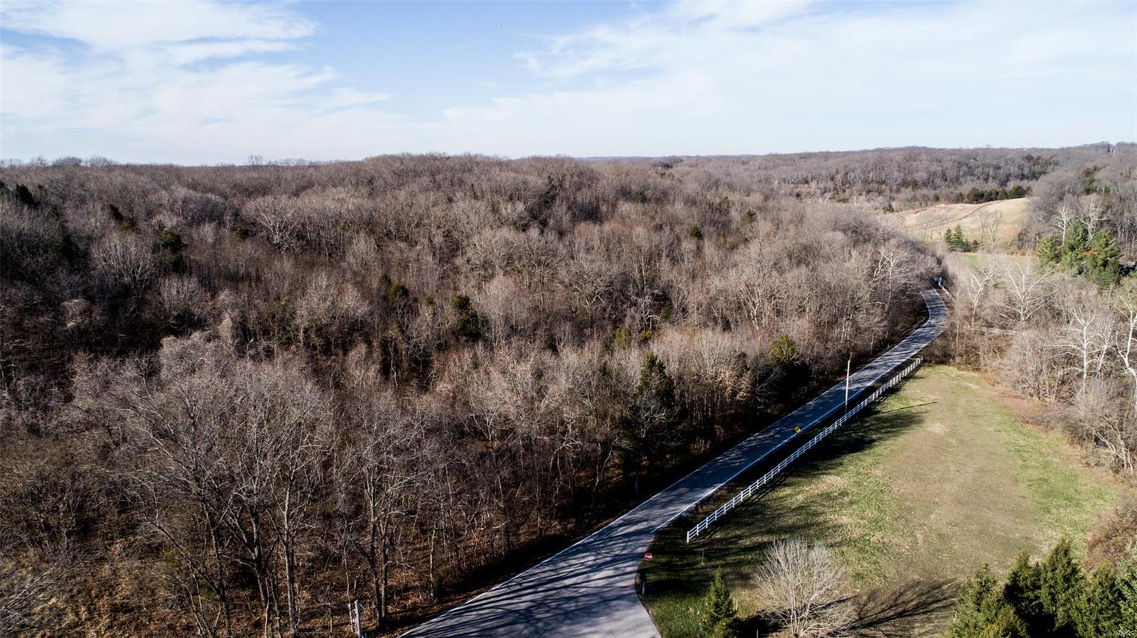 3907 Hencken Road Property Photo - Wildwood, MO real estate listing