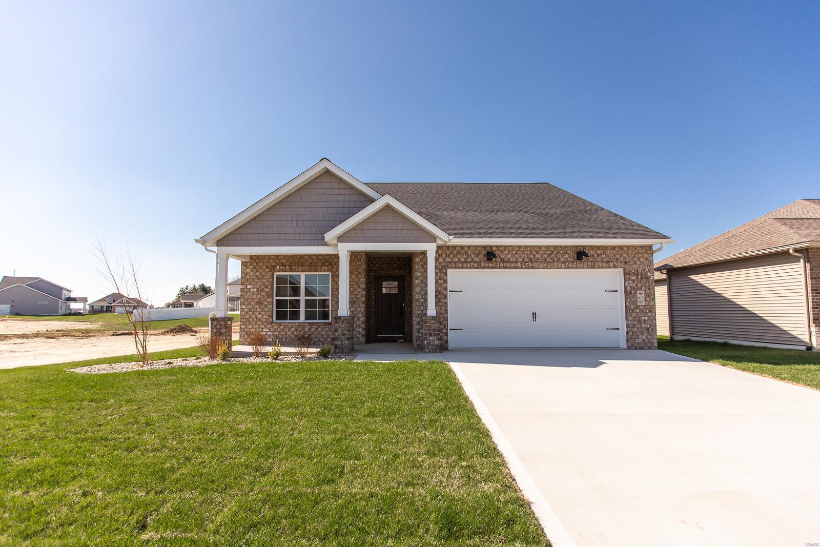 613 Ambrose Dr Property Photo - O'Fallon, IL real estate listing