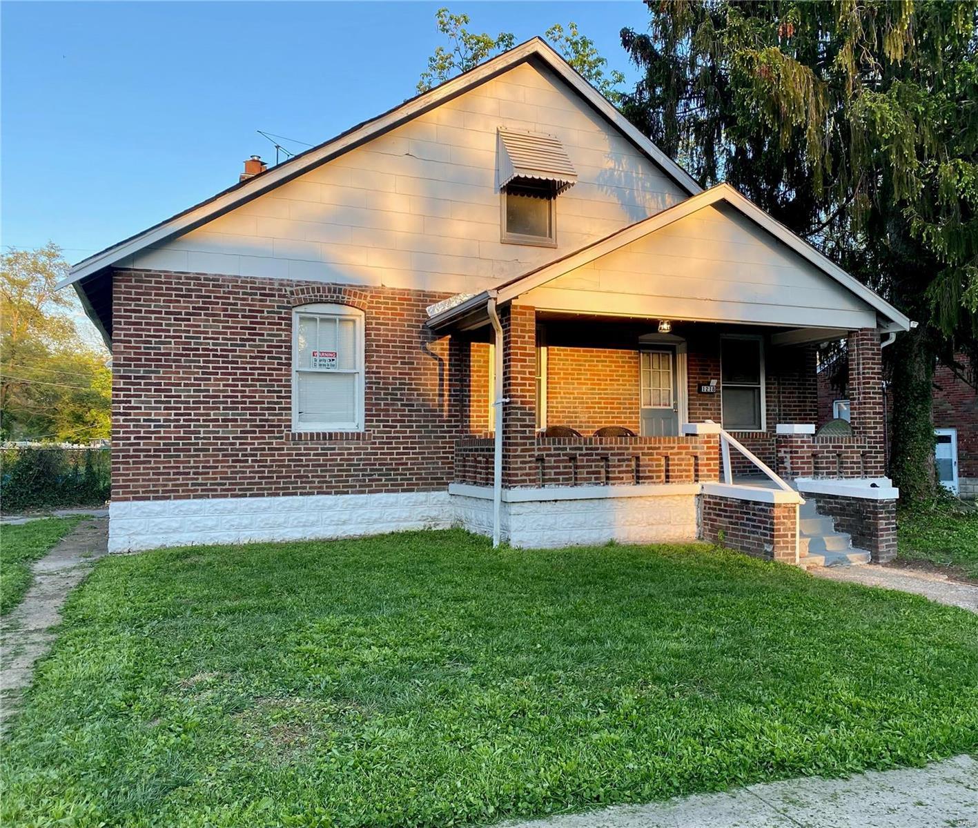 1218 Buckner Property Photo - St Louis, MO real estate listing