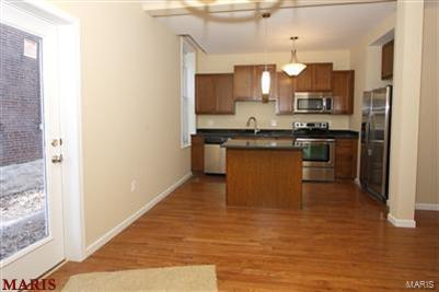 2201 Sidney Street #B Property Photo - St Louis, MO real estate listing
