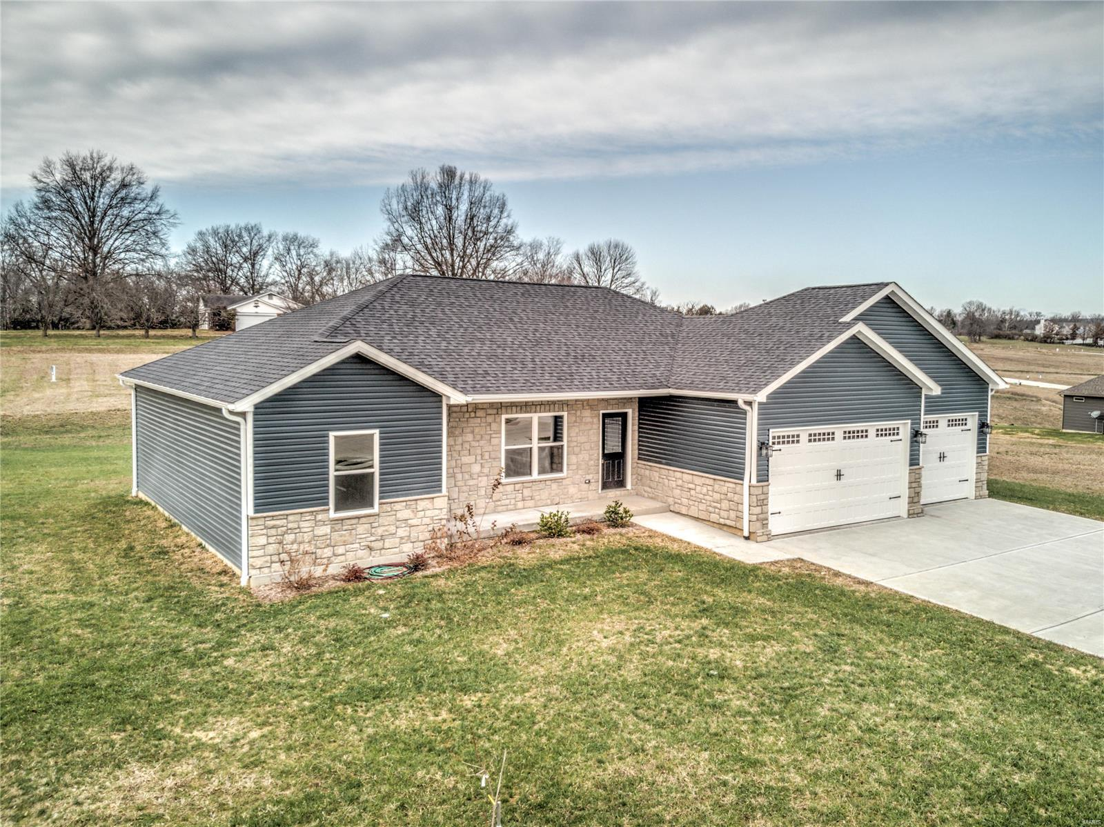 100 Winter Wheat Trail Property Photo - Pacific, MO real estate listing