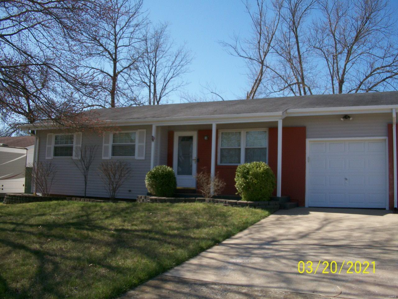 2014 Bentley Manor Drive Property Photo - Fenton, MO real estate listing