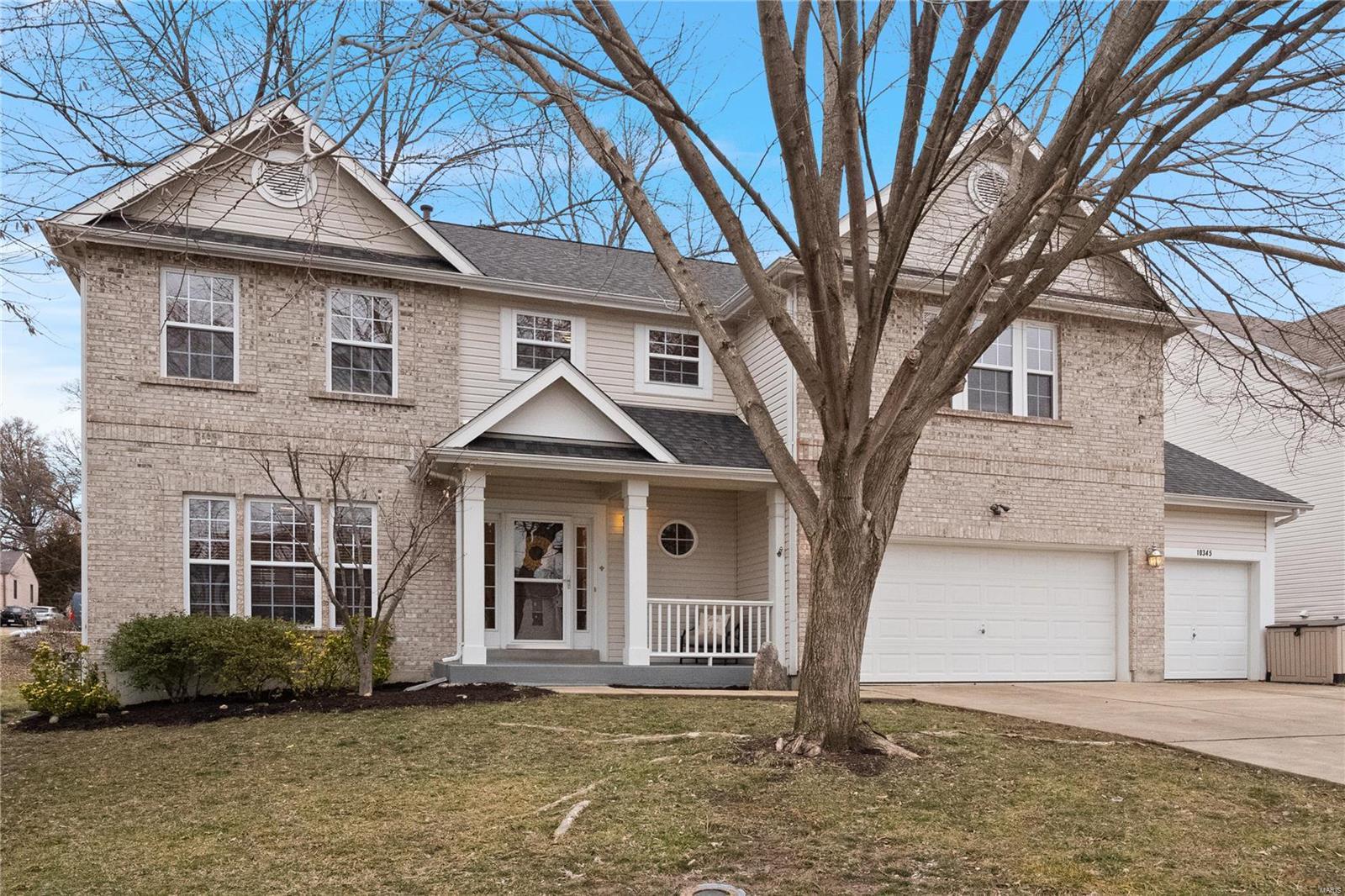 10345 Savannah Avenue Property Photo - Frontenac, MO real estate listing