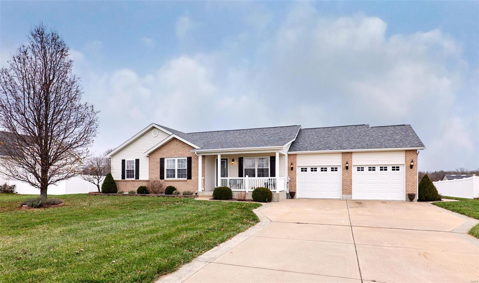 204 Allison Property Photo - Winfield, MO real estate listing