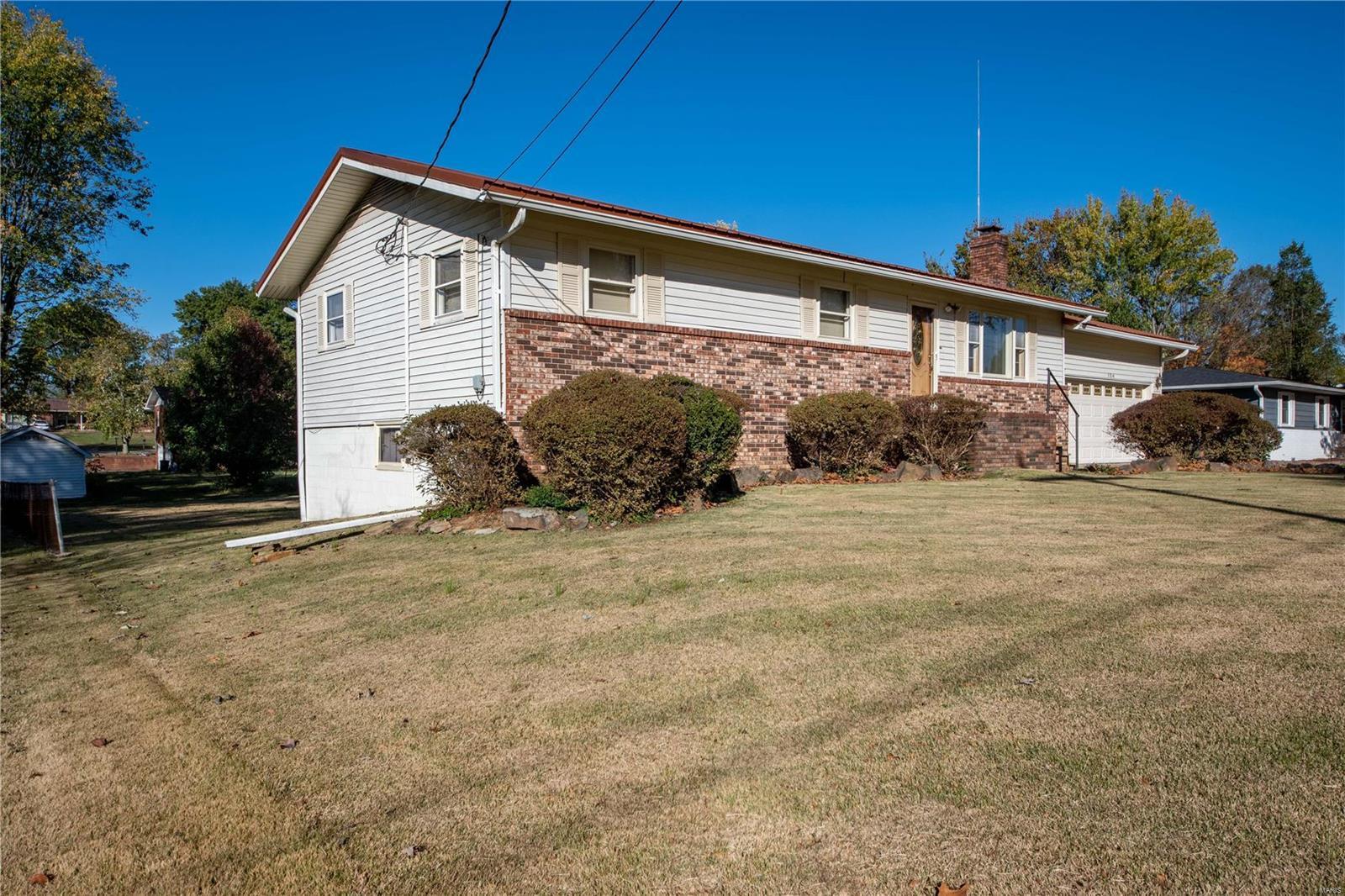 104 Belinda Property Photo - Marion, IL real estate listing