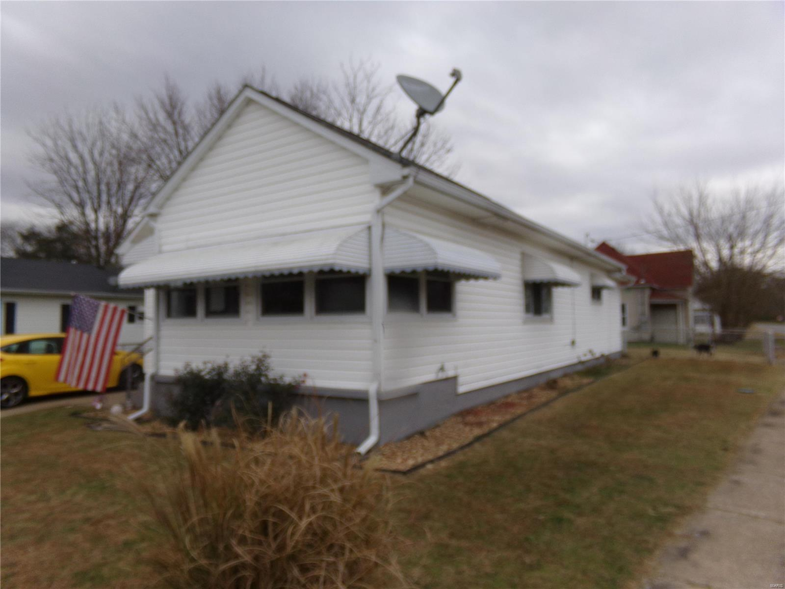 412 S Parkhill Property Photo - West Frankfort, IL real estate listing