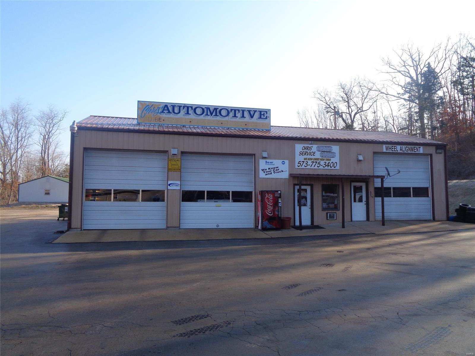 25 E 8 Hwy Property Photo - Steelville, MO real estate listing