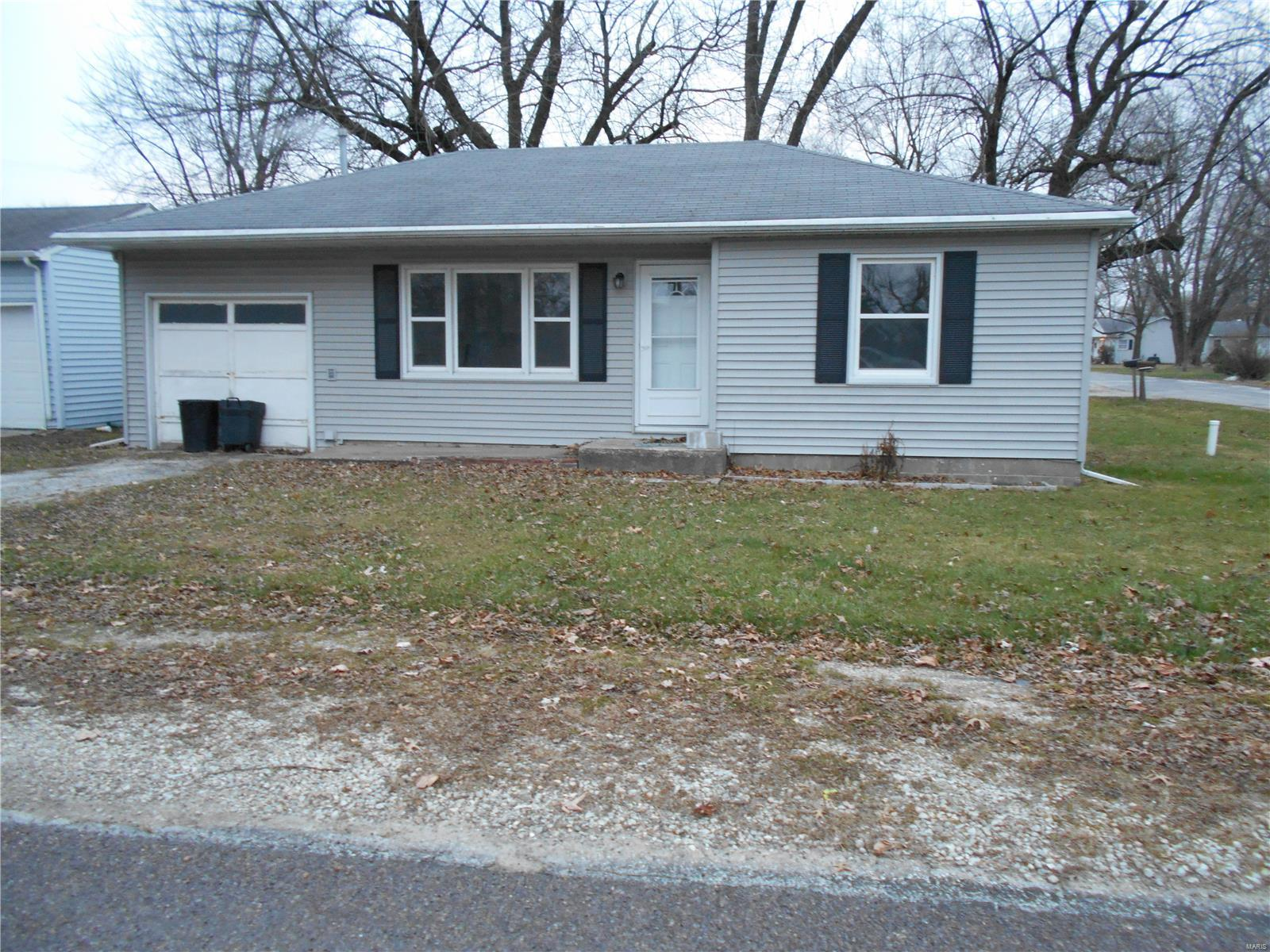 711 N Lindell Street Property Photo - Vandalia, MO real estate listing