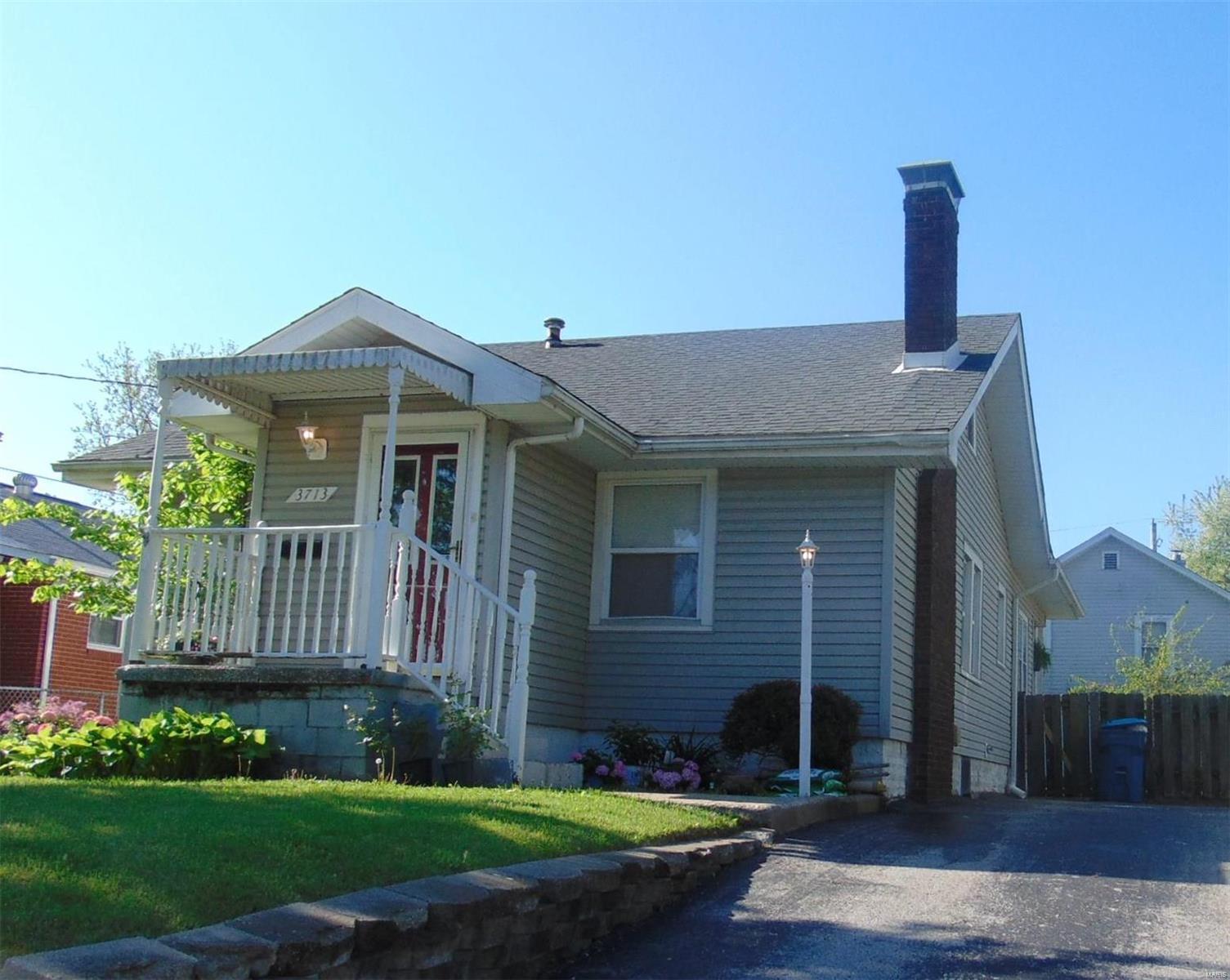 Altona Highlands Subdivision Real Estate Listings Main Image