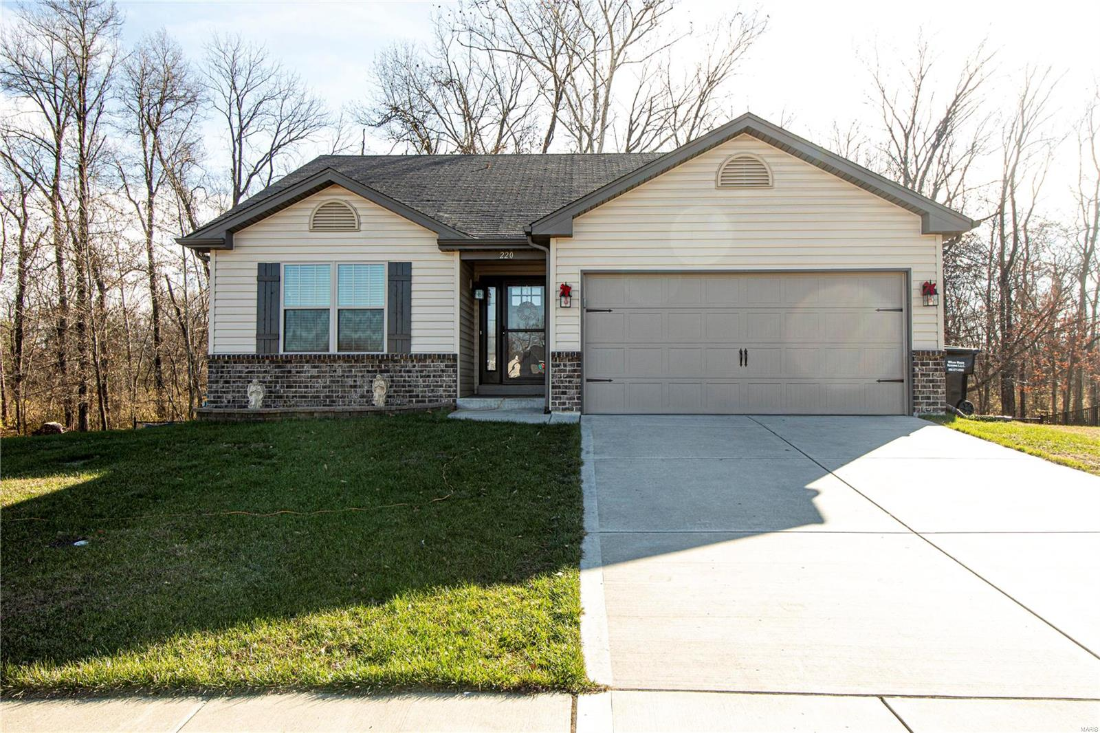 220 Plymouth Drive Property Photo - Wright City, MO real estate listing
