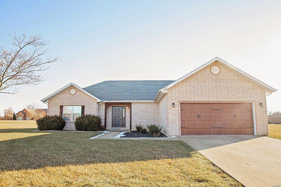 2608 Mayfield Drive Property Photo - Mountain Grove, MO real estate listing