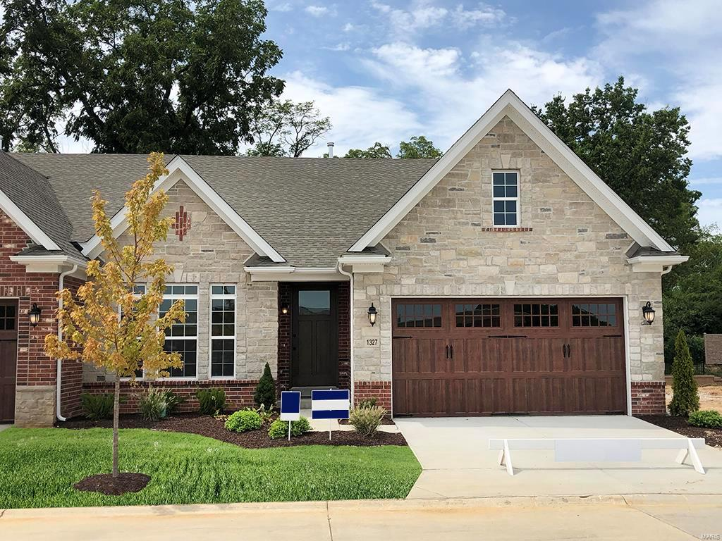 1319 Spring Snow Drive Property Photo - Frontenac, MO real estate listing