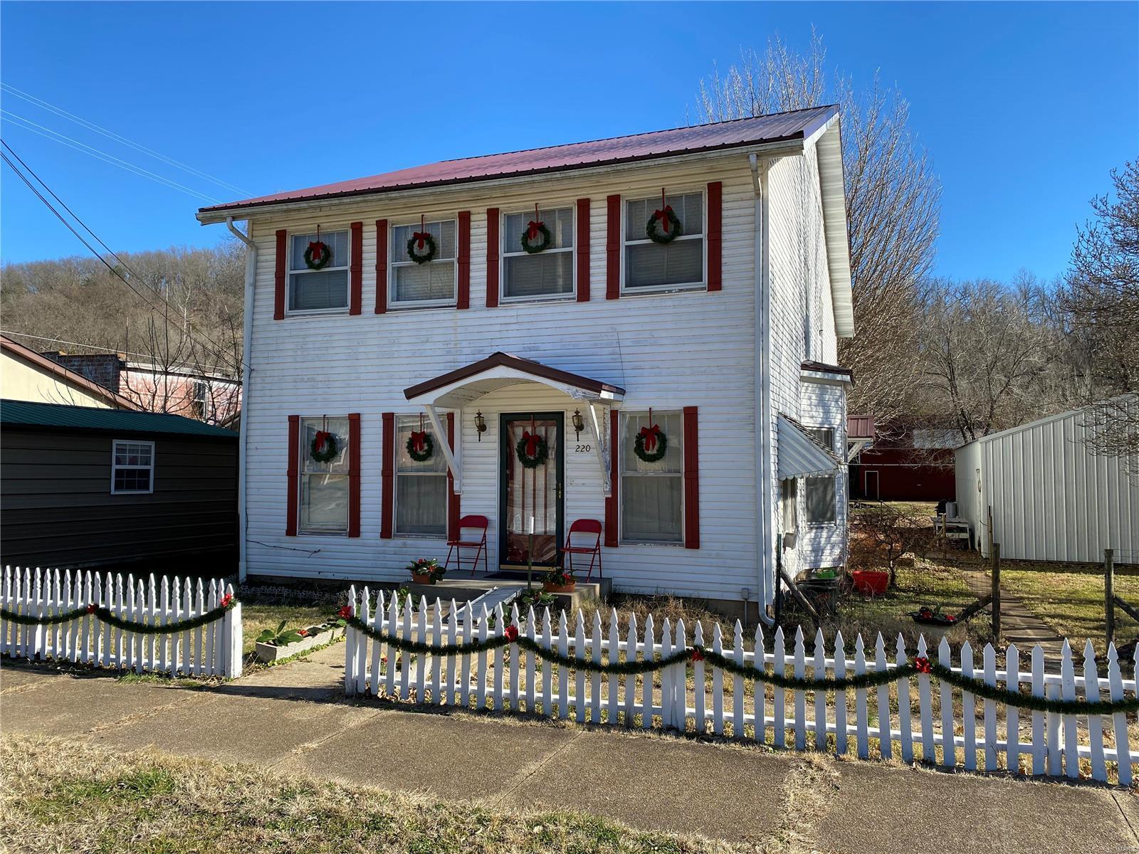 220 Main Street Property Photo - Newburg, MO real estate listing