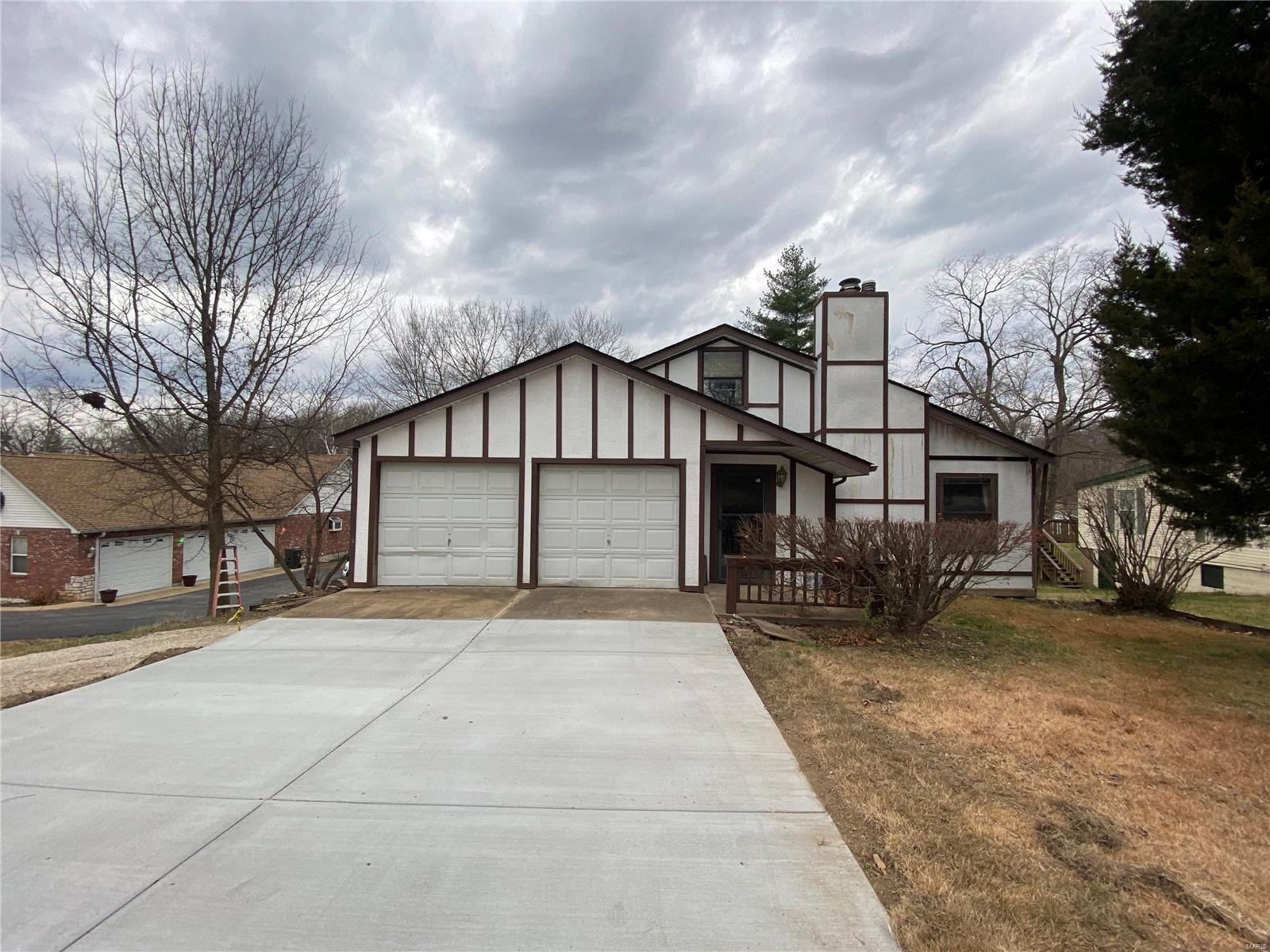 90 Inez Avenue Property Photo - Valley Park, MO real estate listing