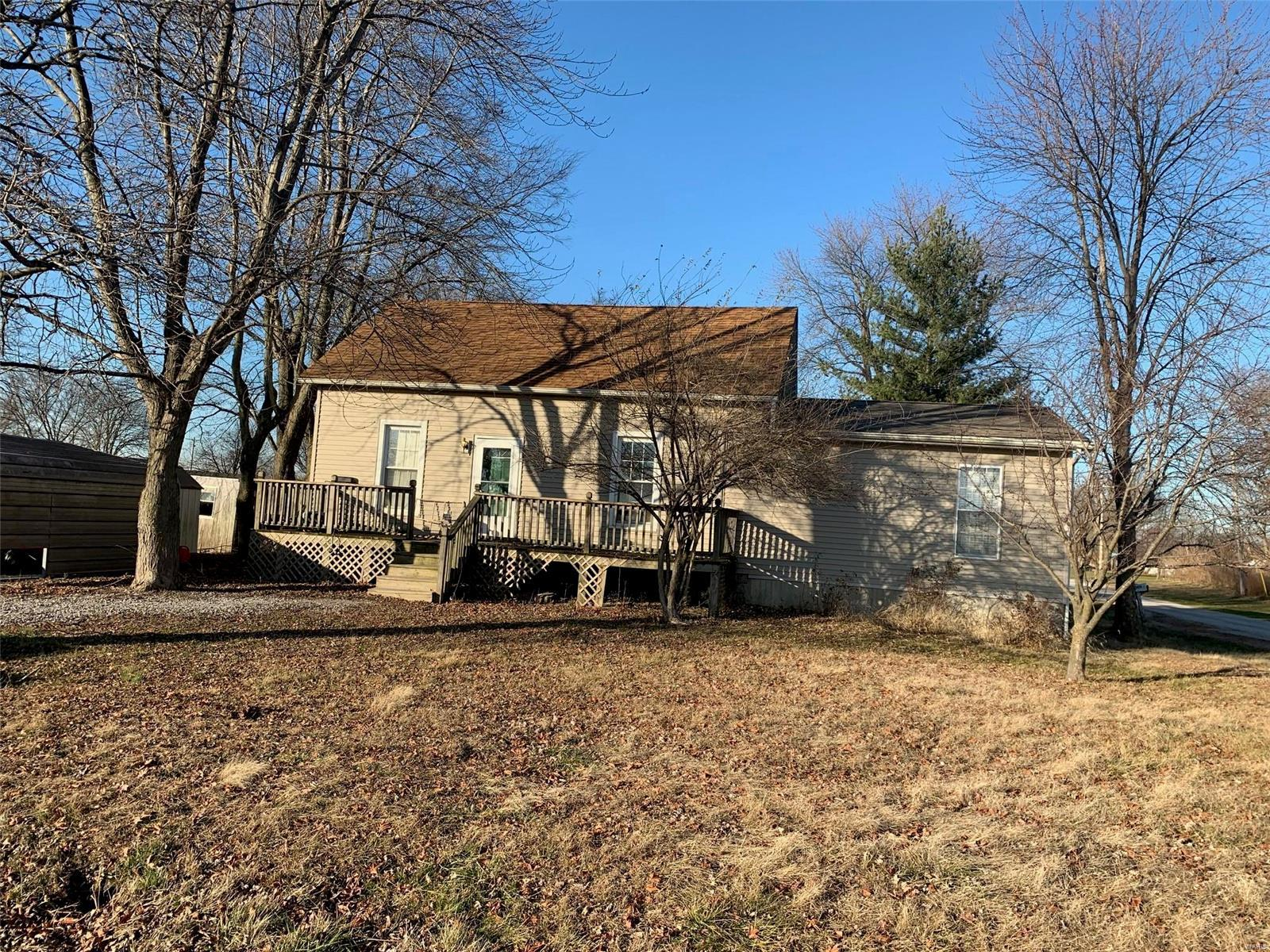 3215 Edwardsville Street Property Photo - Bunker Hill, IL real estate listing