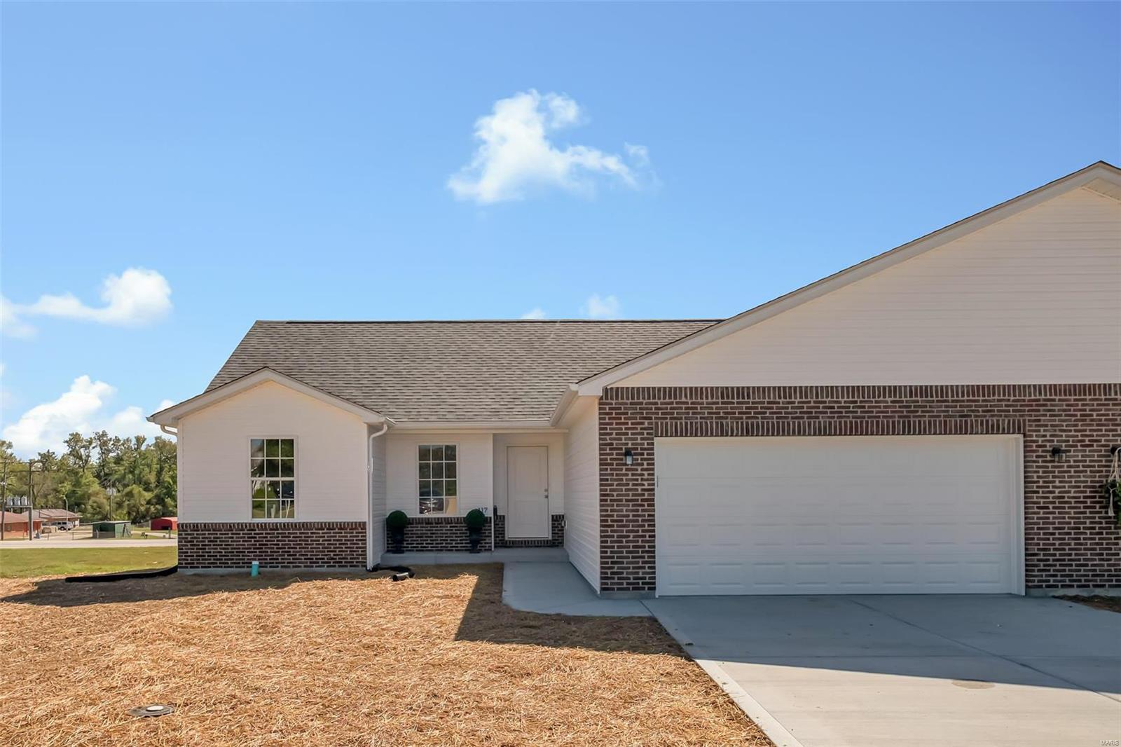 95 Schulze Property Photo - Troy, MO real estate listing