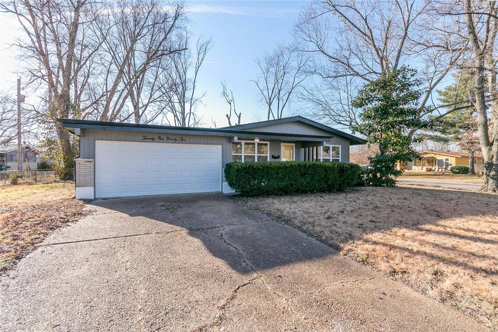 2192 Sagamore Property Photo - St Louis, MO real estate listing
