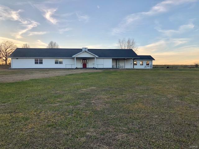 33901 Navy Drive Property Photo - Eldridge, MO real estate listing