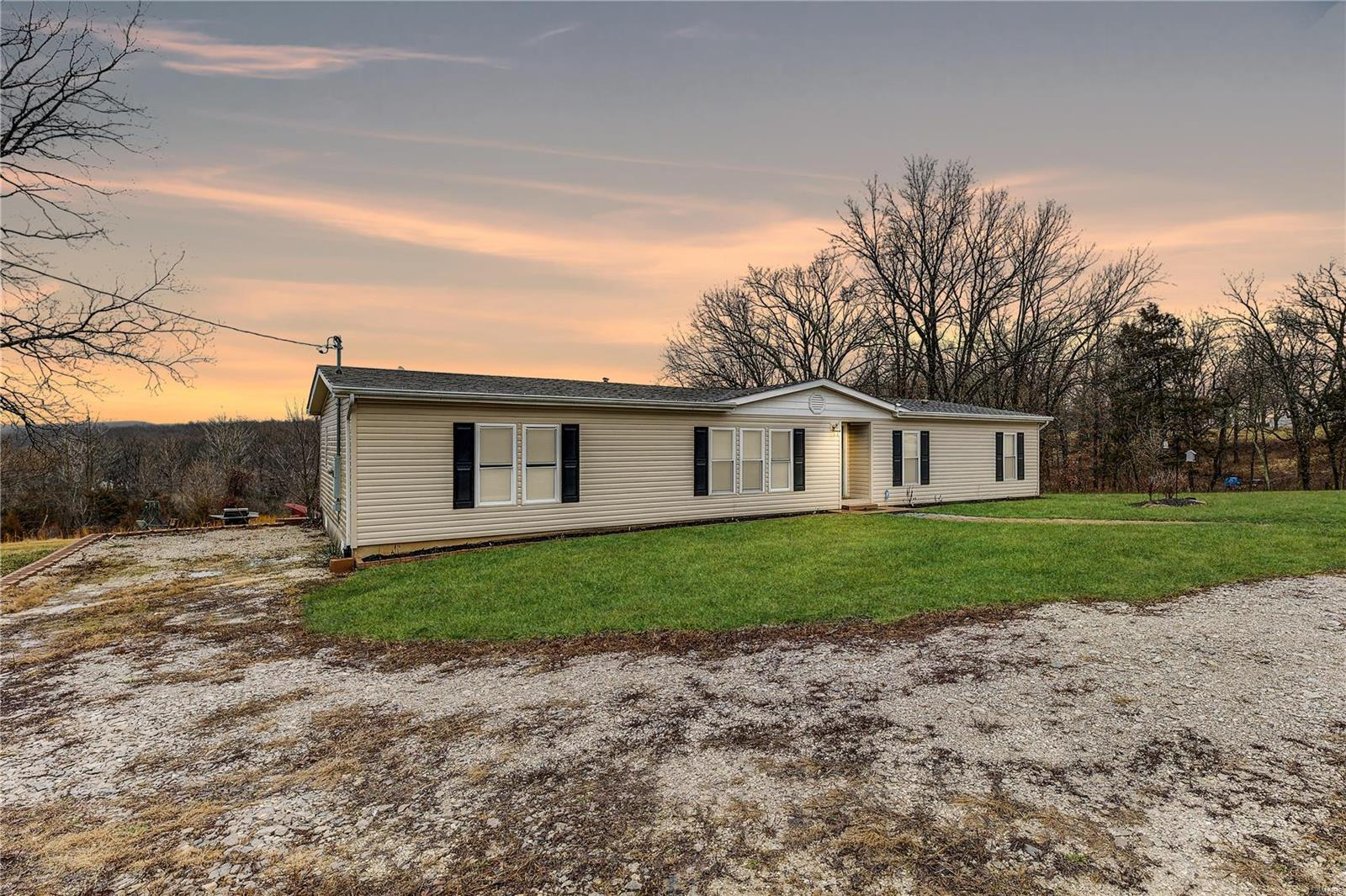 791 Angelina Lane Property Photo - Robertsville, MO real estate listing