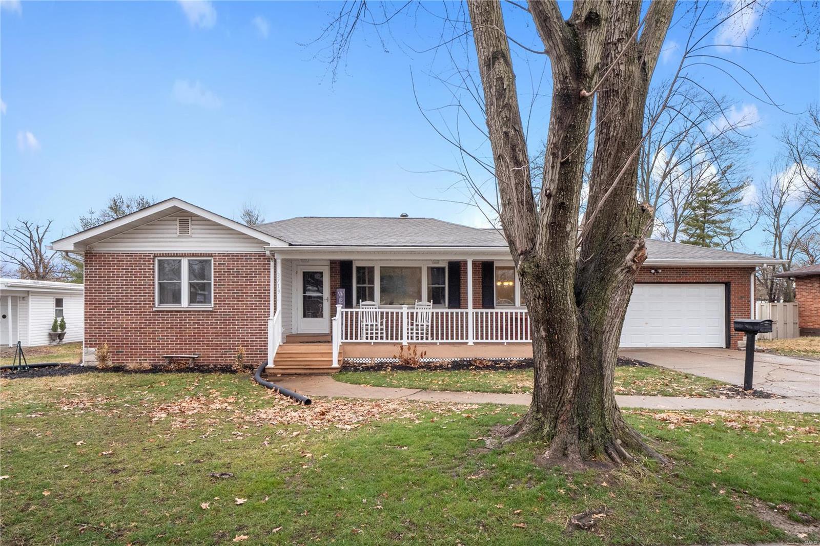 3719 Fair Oaks Drive Property Photo - Granite City, IL real estate listing