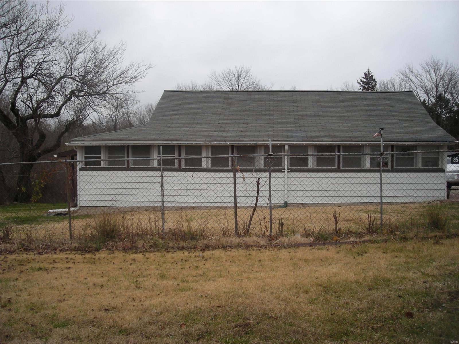 8549 State Route 30 Property Photo - Dittmer, MO real estate listing