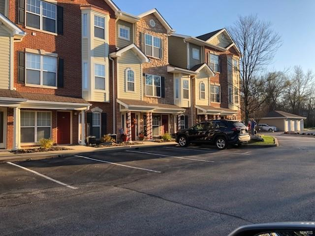 2684 McKnight Crossing Court Property Photo - Rock Hill, MO real estate listing