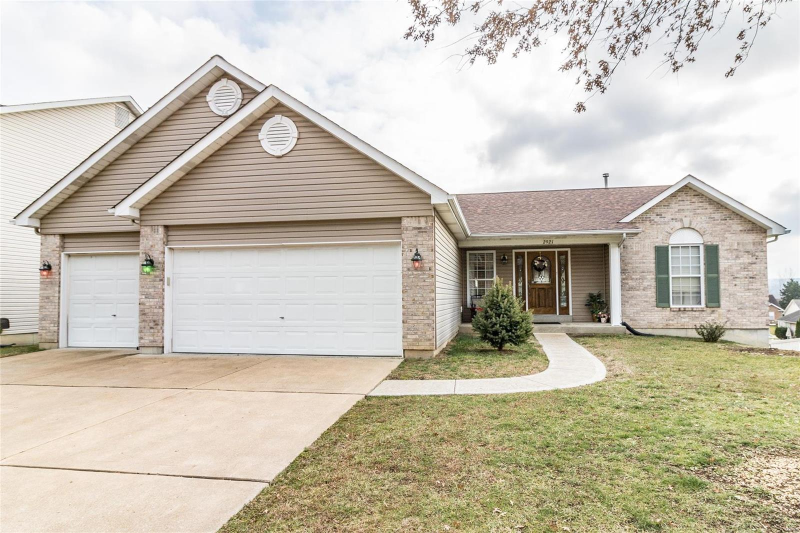 2921 Silverfern Court Property Photo - Imperial, MO real estate listing