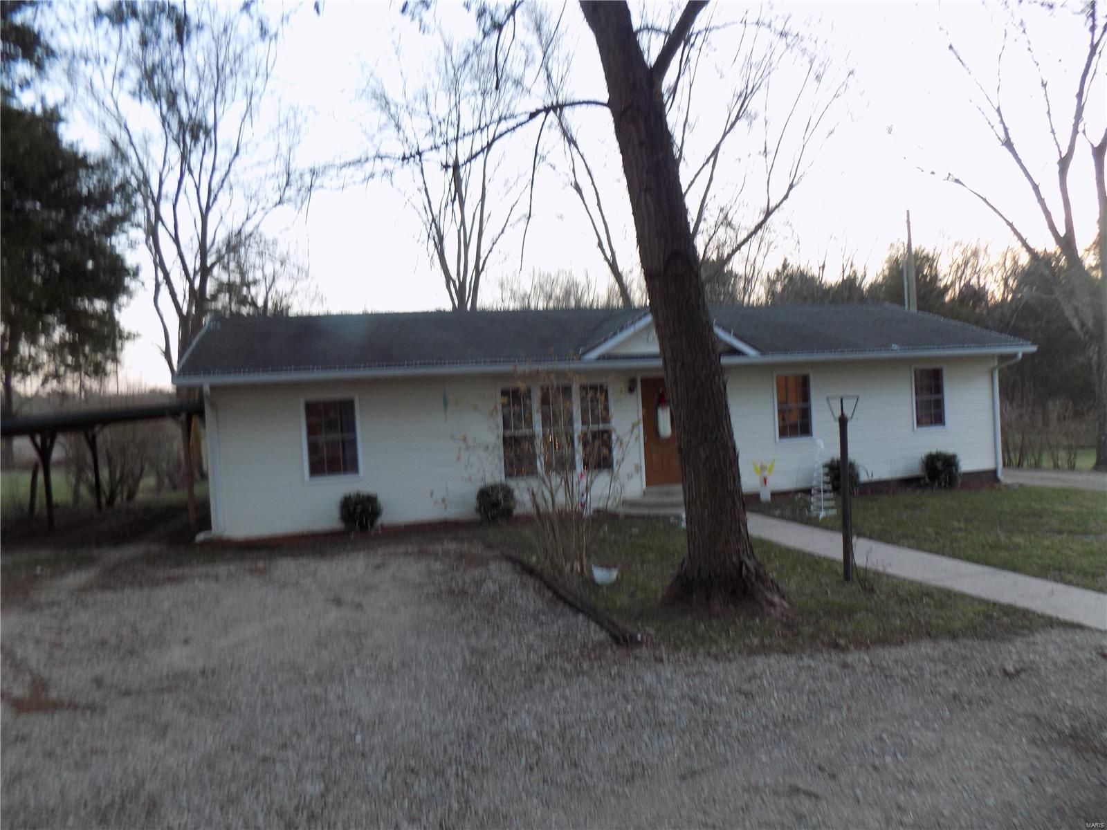 24927 Highway 32 Property Photo - Belleview, MO real estate listing