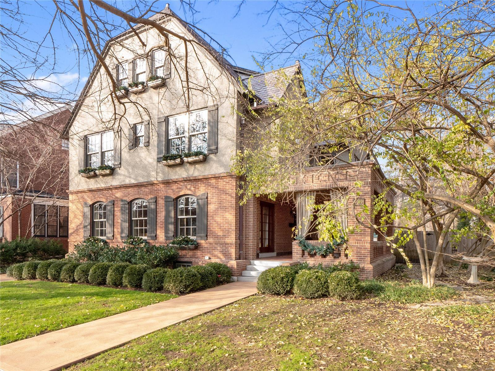 6453 Cecil Avenue Property Photo - Clayton, MO real estate listing