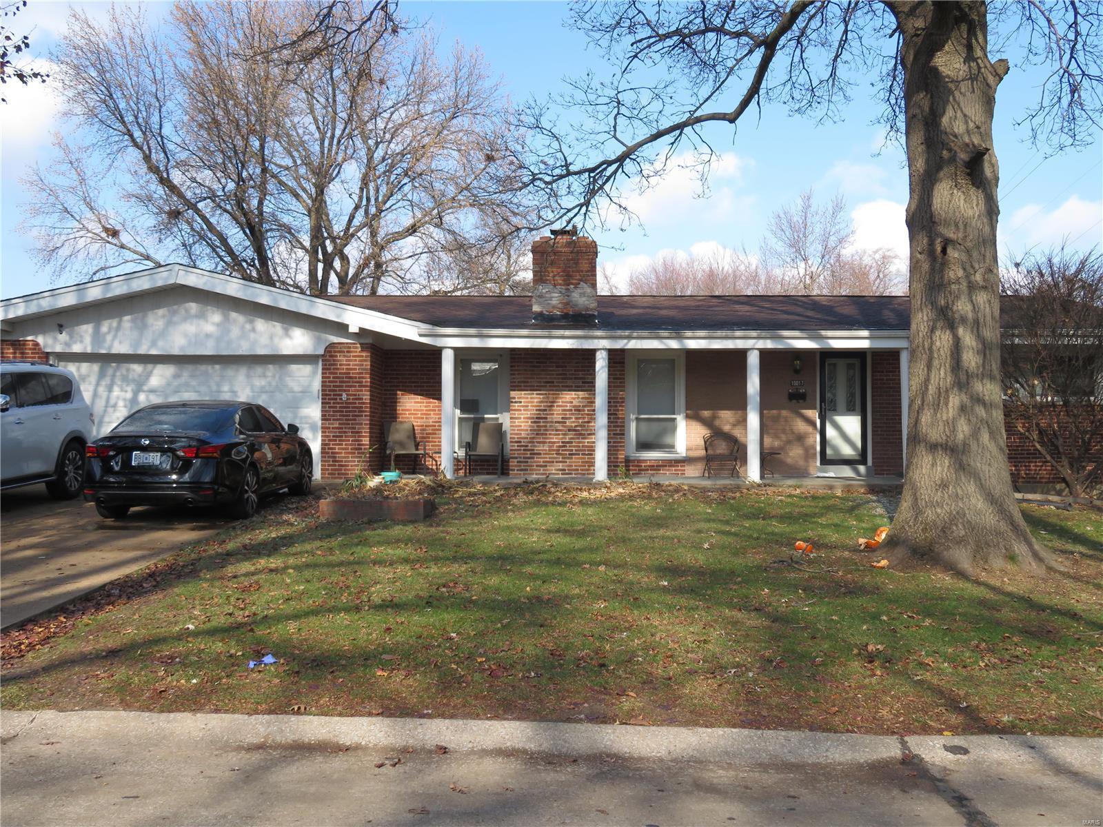 10017 Pebble Beach Property Photo - St Louis, MO real estate listing
