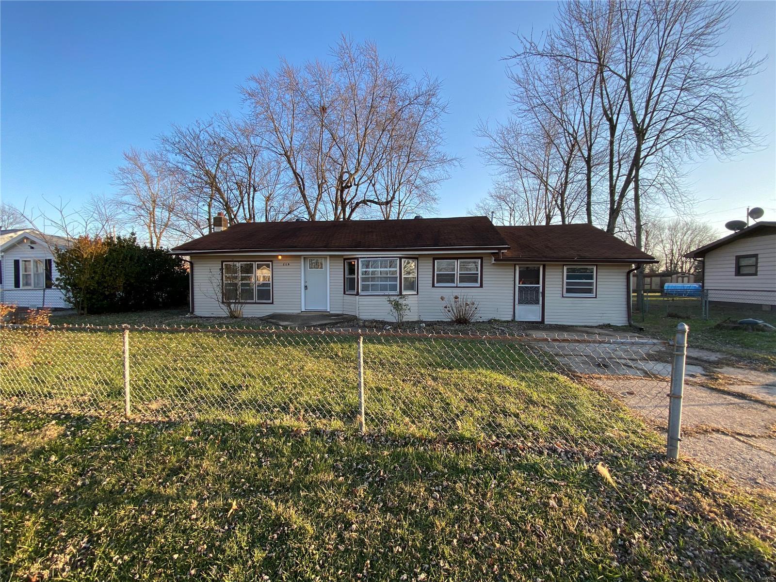 619 E National Avenue Property Photo - Richland, MO real estate listing