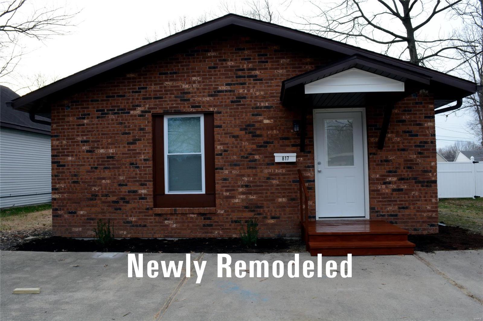 817 N Franklin Property Photo - Staunton, IL real estate listing