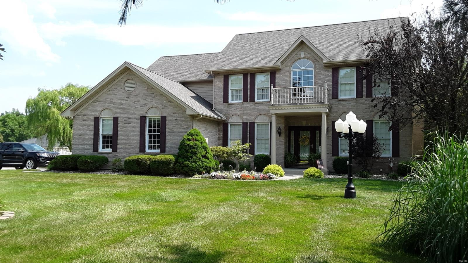 8442 E Mill Creek Property Photo - Troy, IL real estate listing