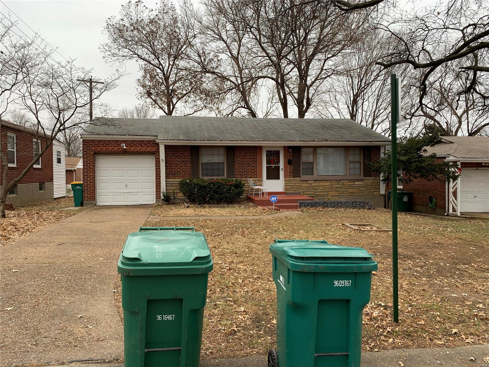 1137 Donnell Avenue Property Photo - St Louis, MO real estate listing