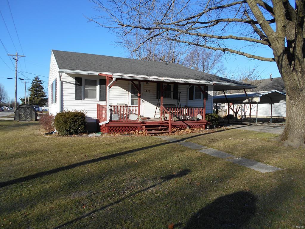 513 W McPike Street Property Photo - Vandalia, MO real estate listing