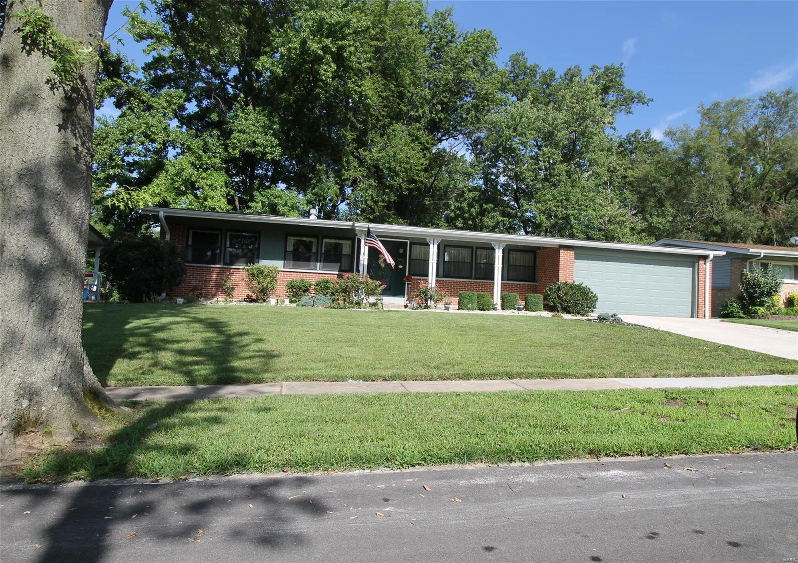 1585 Canter Drive Property Photo