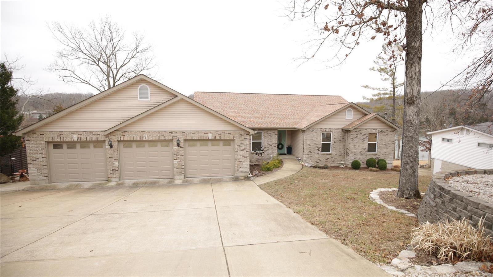 64 N North Lake Drive Property Photo - Hillsboro, MO real estate listing