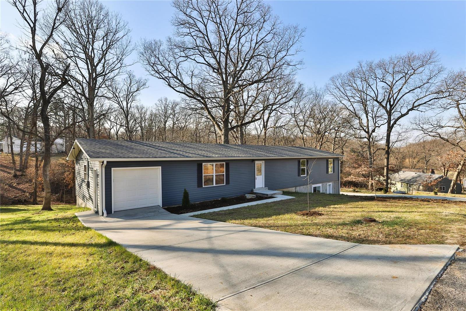 4198 Cedar Property Photo - High Ridge, MO real estate listing