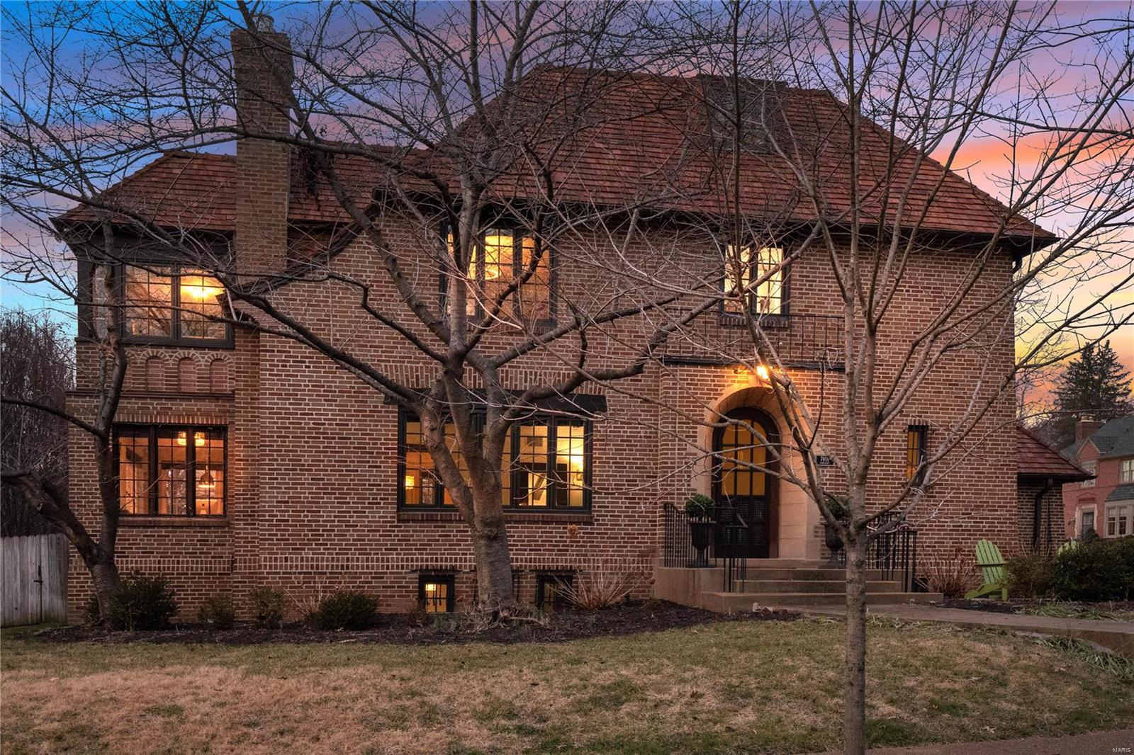 7401 Somerset Avenue Property Photo - Clayton, MO real estate listing