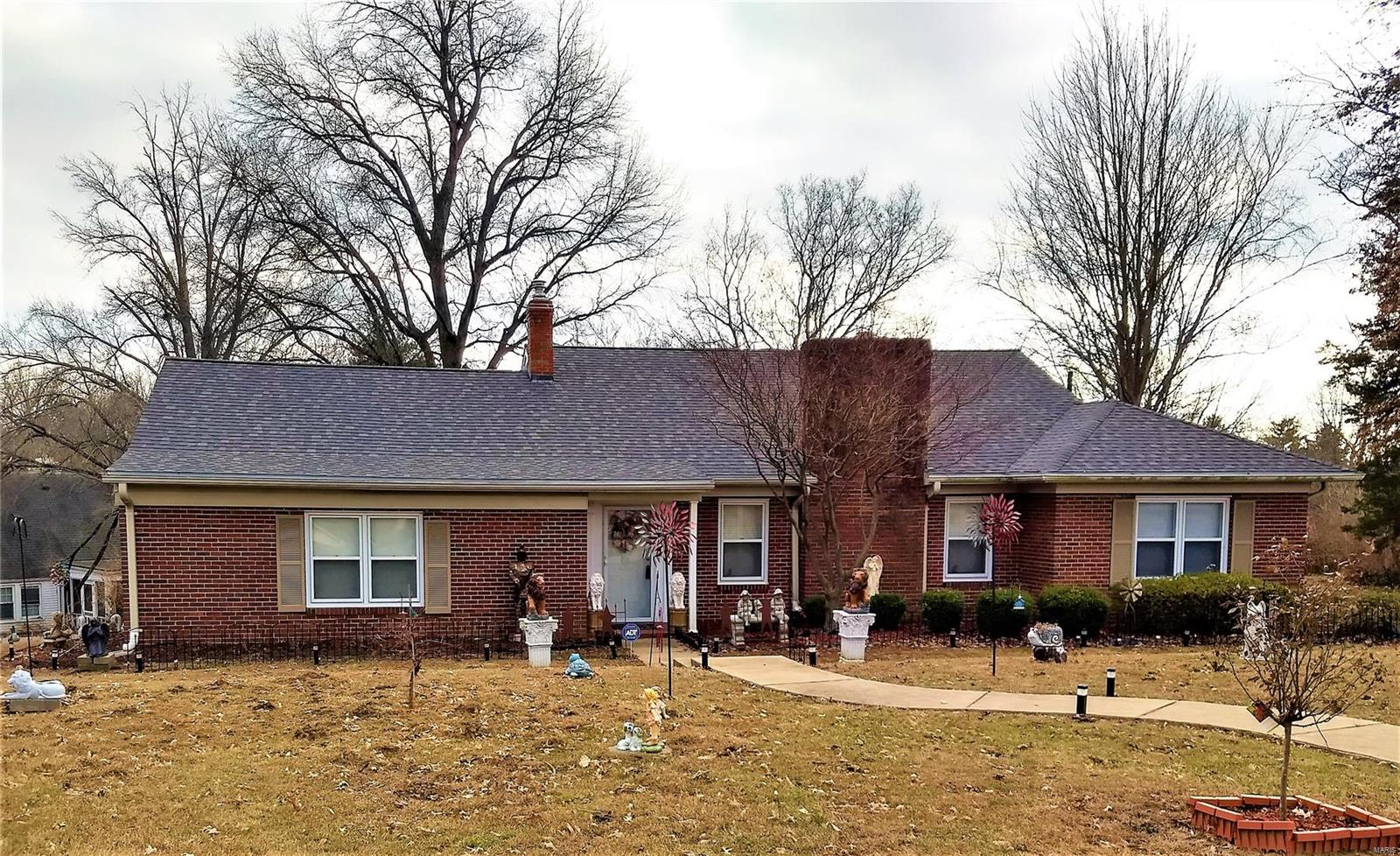 30 Green Acres Road Property Photo - St Louis, MO real estate listing