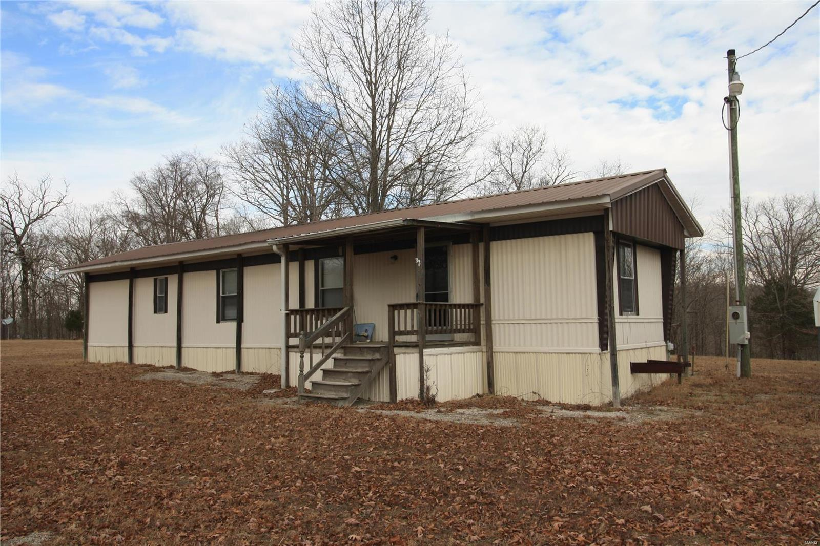 1407 Davis Schoolhouse Road Property Photo - Greenville, MO real estate listing