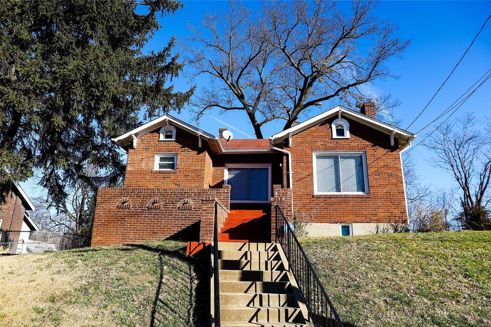 2117 Switzer Avenue Property Photo - St Louis, MO real estate listing