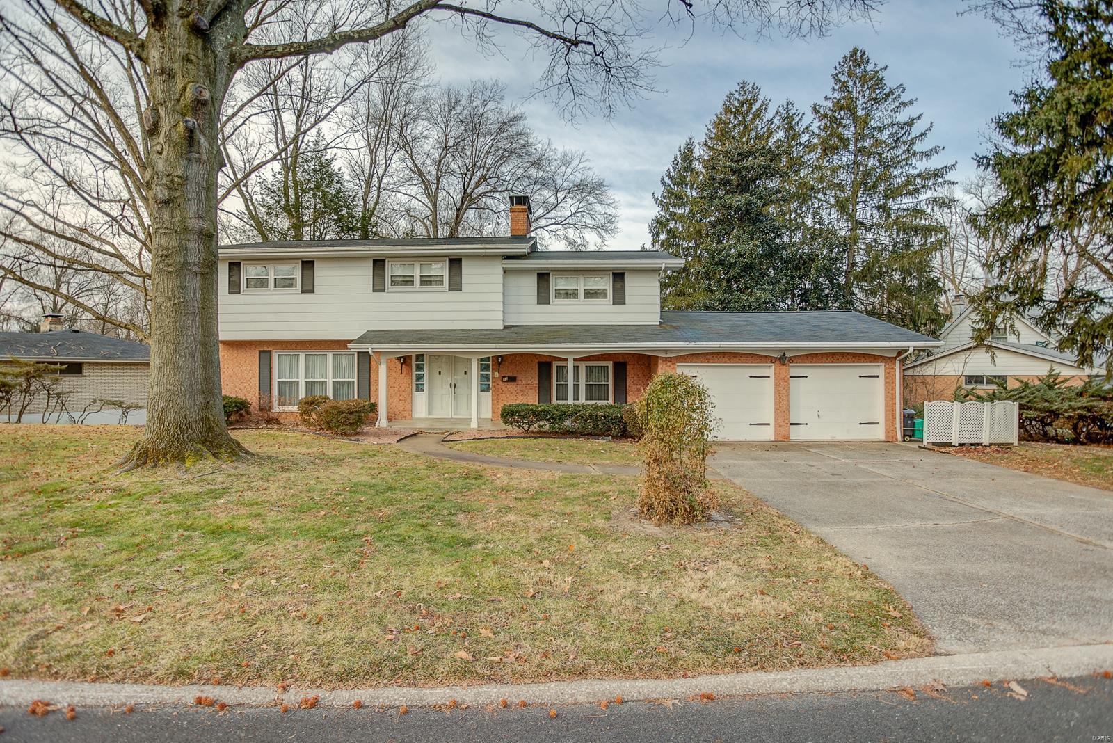 12 Melwood Drive Property Photo - Belleville, IL real estate listing