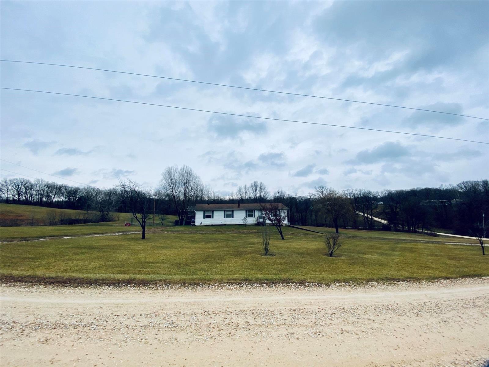 210 Royal Ridge Property Photo - Foley, MO real estate listing
